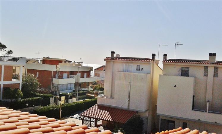 Villa a Schiera in vendita a Santa Marinella, 3 locali, prezzo € 177.000 | CambioCasa.it