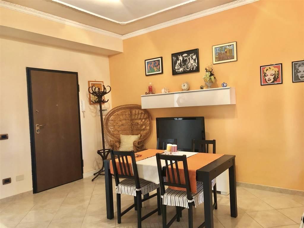 Appartamento in vendita a Civitavecchia, 4 locali, prezzo € 198.000 | CambioCasa.it