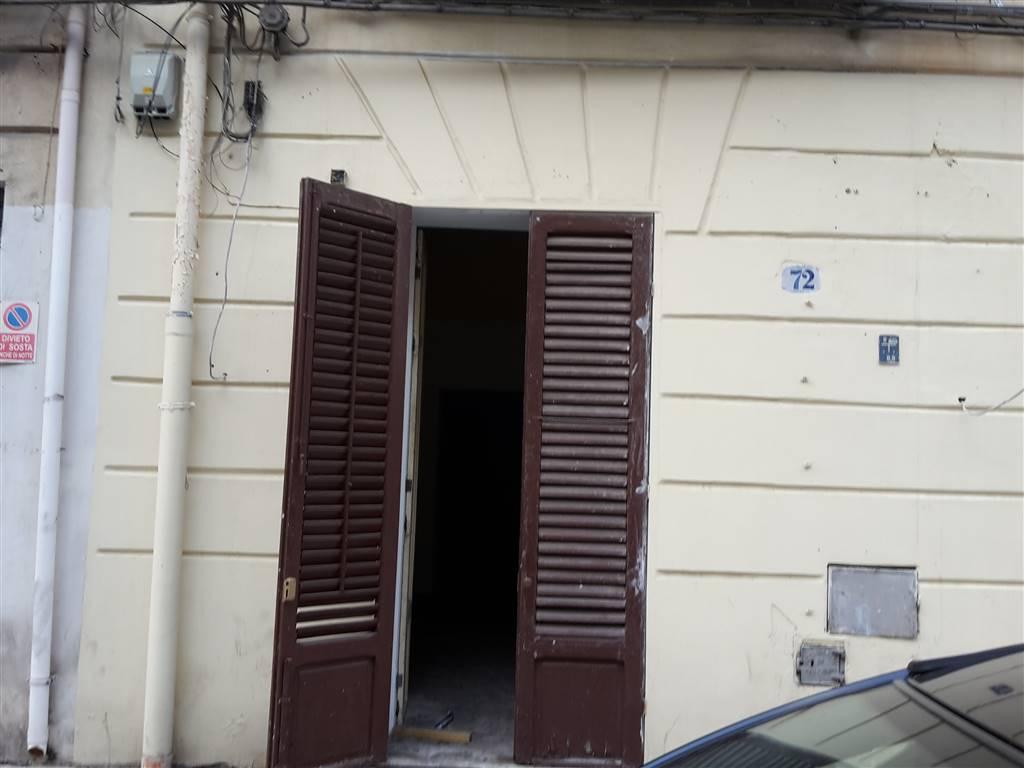 FINOCCHIARO APRILE, PALERMO, Wohnung zu verkaufen von 43 Qm, Energie-klasse: G, Epi: 329,7 kwh/m2 jahr, am boden Land auf 4, zusammengestellt von: 1