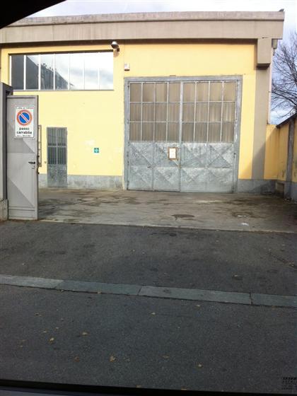Capannone industriale in Via Cuniberti  67, Le Vallette, Lucento, Stadio Delle Alpi, Torino