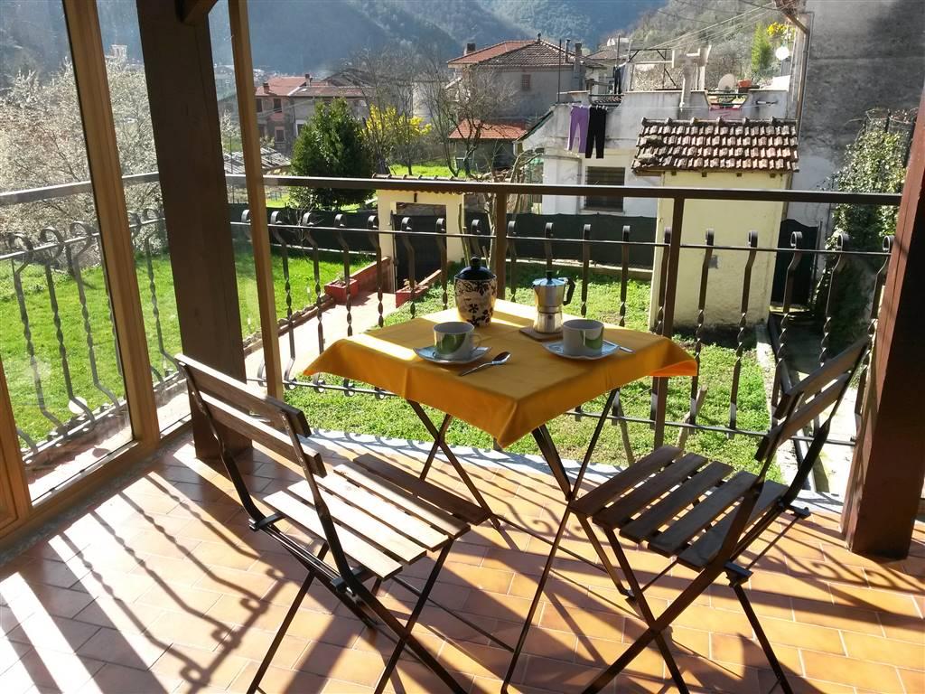 Soluzione Indipendente in vendita a Isolabona, 10 locali, prezzo € 200.000 | PortaleAgenzieImmobiliari.it