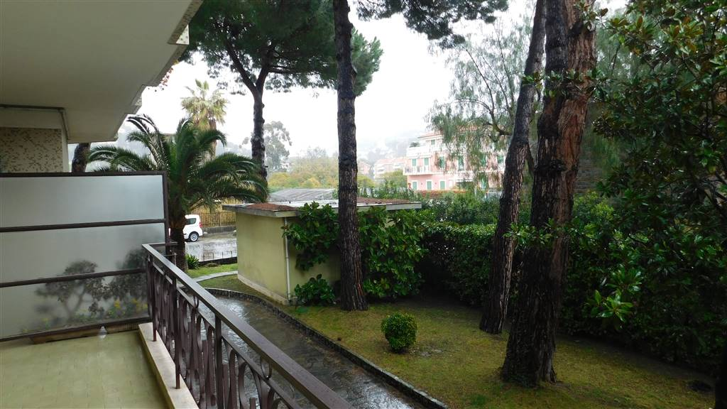 Bilocale in Via Giulio Cesare  3, Bordighera