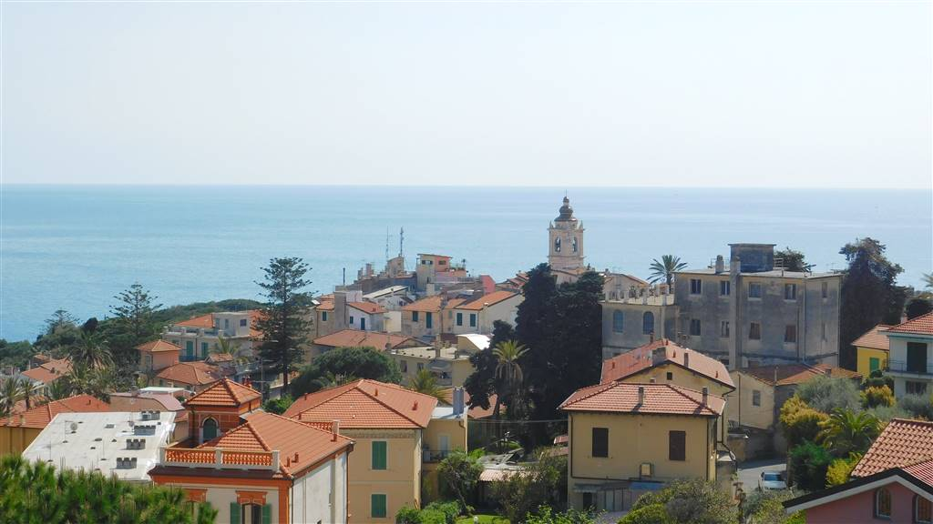 Appartamento indipendente in Via Dei Colli, Bordighera