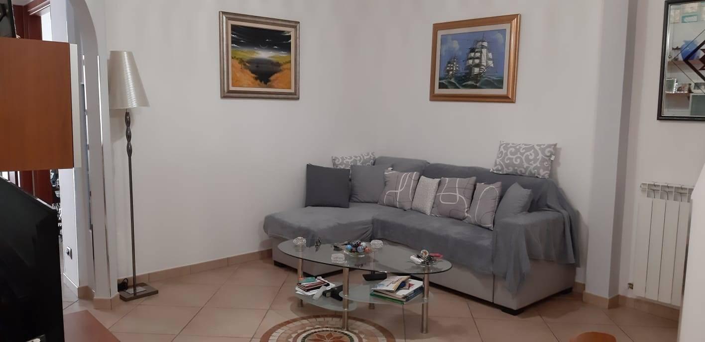 Appartamento in vendita a Vallecrosia, 5 locali, zona Località: PIANI DI VALLECROSIA, prezzo € 210.000   PortaleAgenzieImmobiliari.it