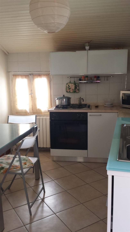 Appartamento in vendita a Camporosso, 4 locali, prezzo € 160.000 | PortaleAgenzieImmobiliari.it