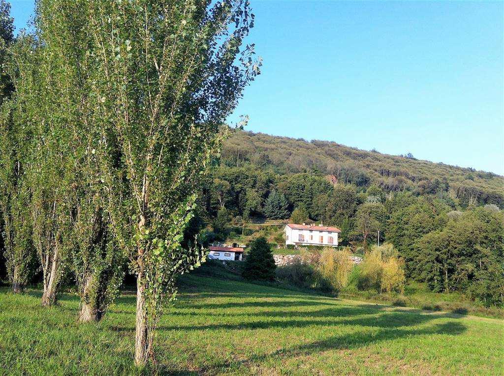 Villa in Vendita a Bollengo