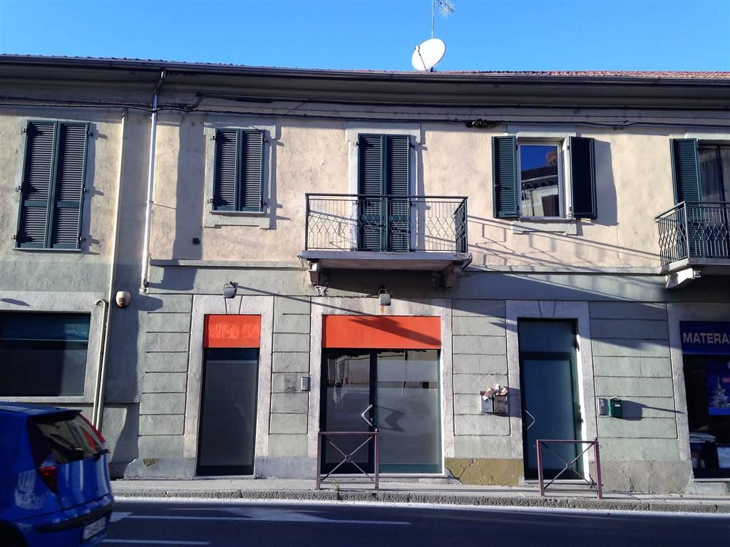 Negozio / Locale in affitto a Ivrea, 2 locali, prezzo € 650 | CambioCasa.it