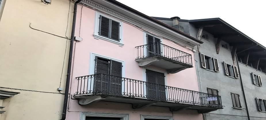 Soluzione Indipendente in vendita a Montalto Dora, 2 locali, prezzo € 18.000   CambioCasa.it