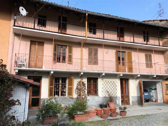 Casa semi indipendente in Via Stefano Dellara 12, Roppolo
