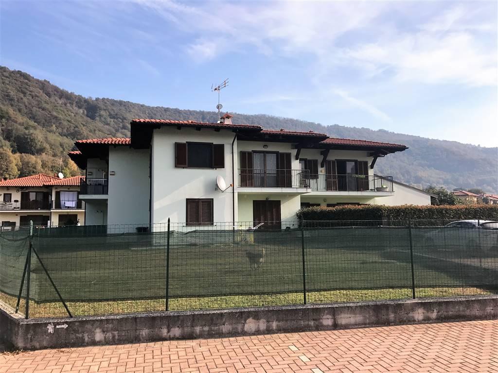 Appartamento in vendita a Palazzo Canavese, 5 locali, prezzo € 139.000 | CambioCasa.it