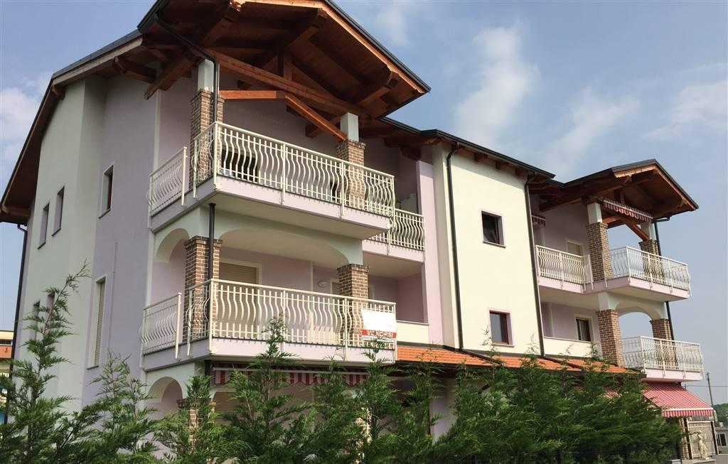 Appartamento in vendita a Ivrea, 4 locali, zona Località: IVREA, prezzo € 163.000 | CambioCasa.it