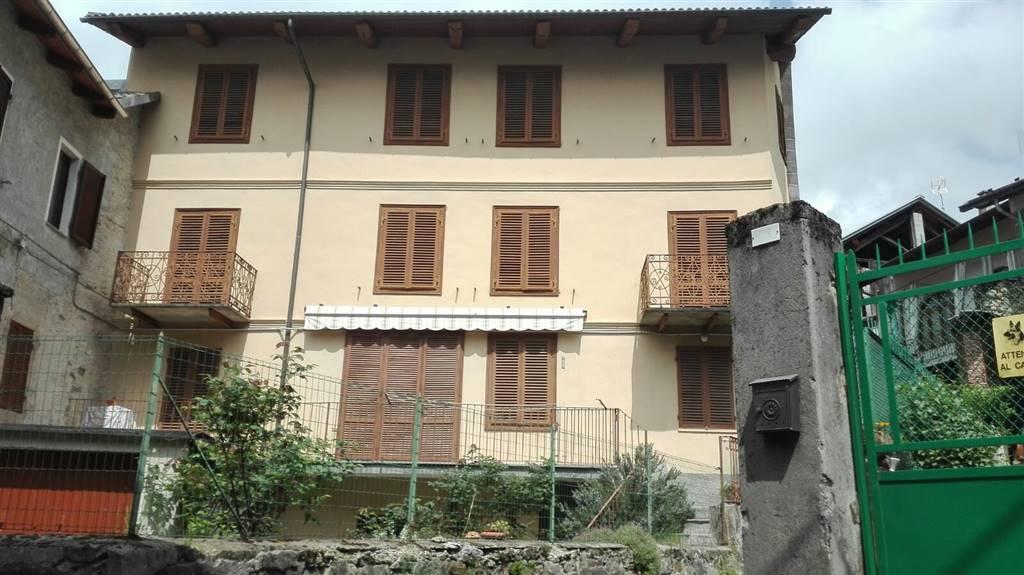 Soluzione Semindipendente in vendita a Brosso, 7 locali, prezzo € 35.000 | CambioCasa.it