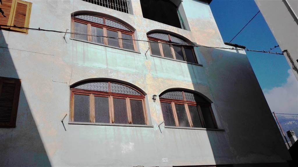 Casa semi indipendente in Via Montebello, Brosso