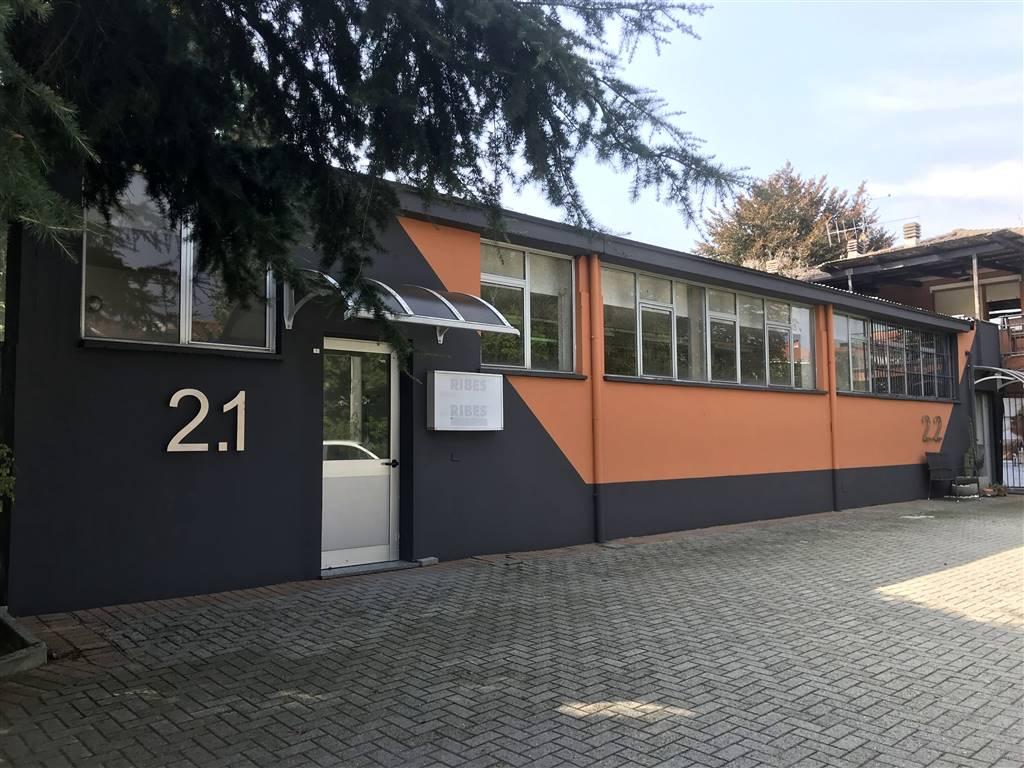 Immobile Commerciale in affitto a Ivrea, 1 locali, prezzo € 850 | CambioCasa.it