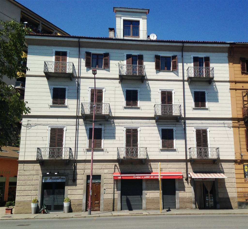 Appartamento in affitto a Ivrea, 4 locali, prezzo € 600 | CambioCasa.it