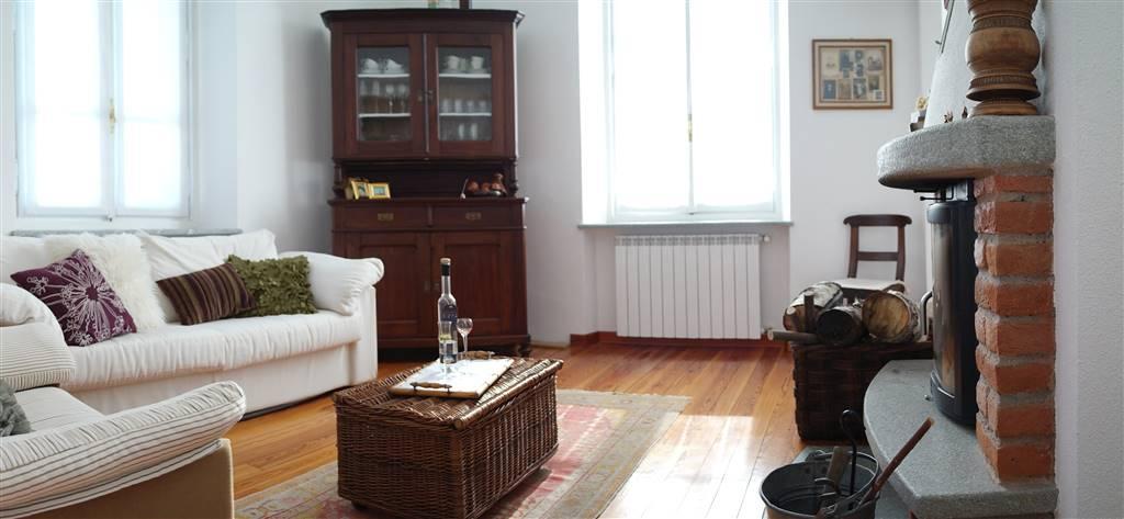 Appartamento in affitto a Nomaglio, 4 locali, prezzo € 400 | CambioCasa.it