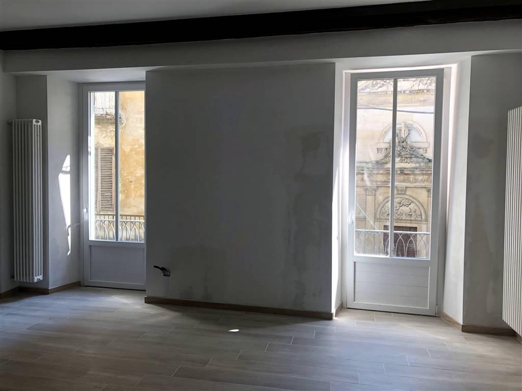 Appartamento in affitto a Ivrea, 2 locali, prezzo € 550 | CambioCasa.it