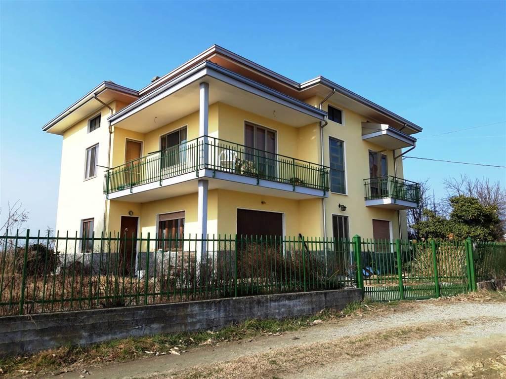 Soluzione Indipendente in vendita a Bollengo, 5 locali, prezzo € 140.000 | PortaleAgenzieImmobiliari.it