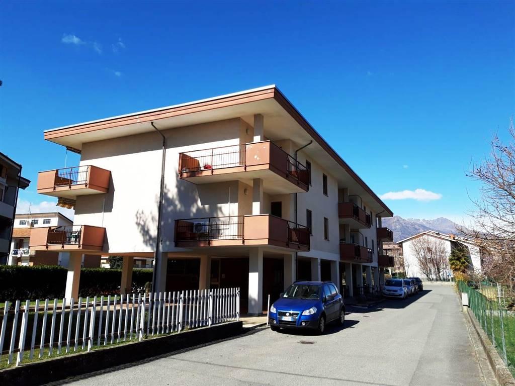 Appartamento in affitto a Ivrea, 4 locali, Trattative riservate | CambioCasa.it