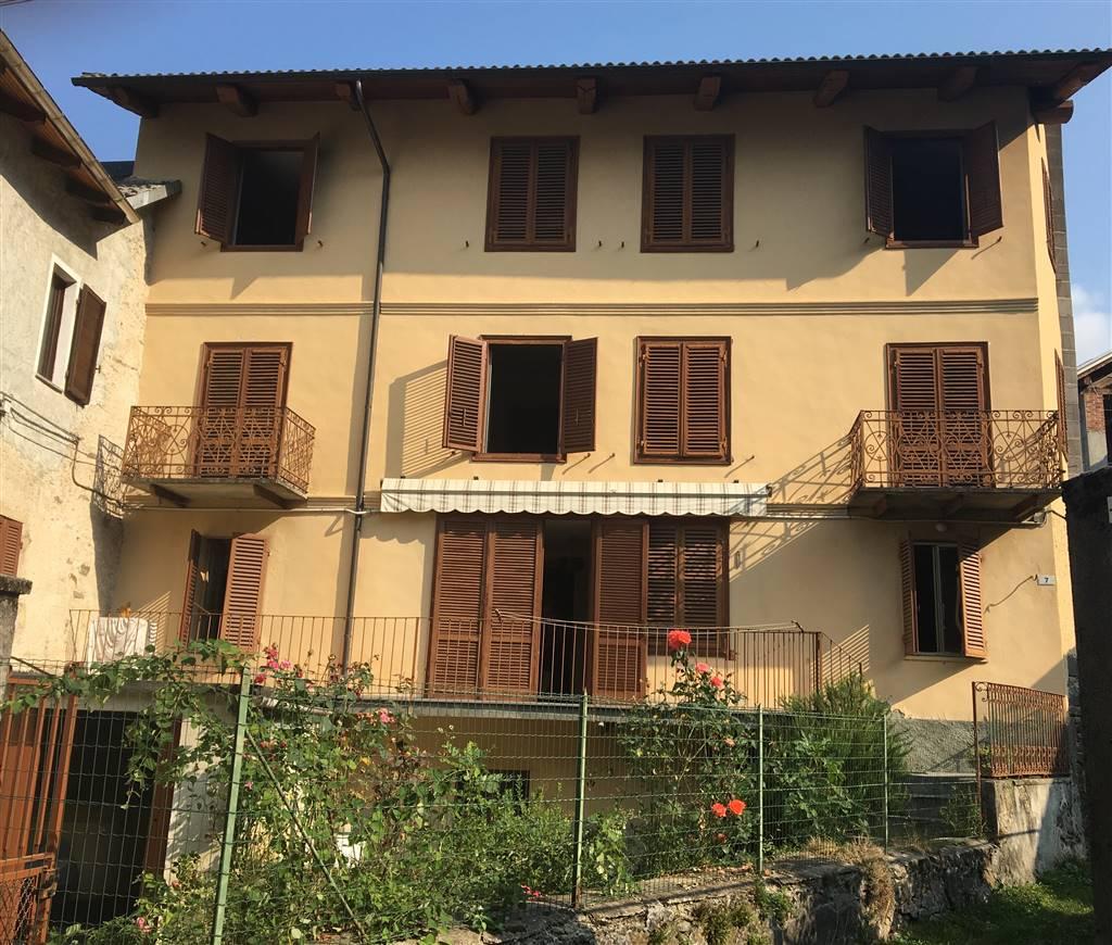Casa semi indipendente in Via Egidio Tommaso, Brosso