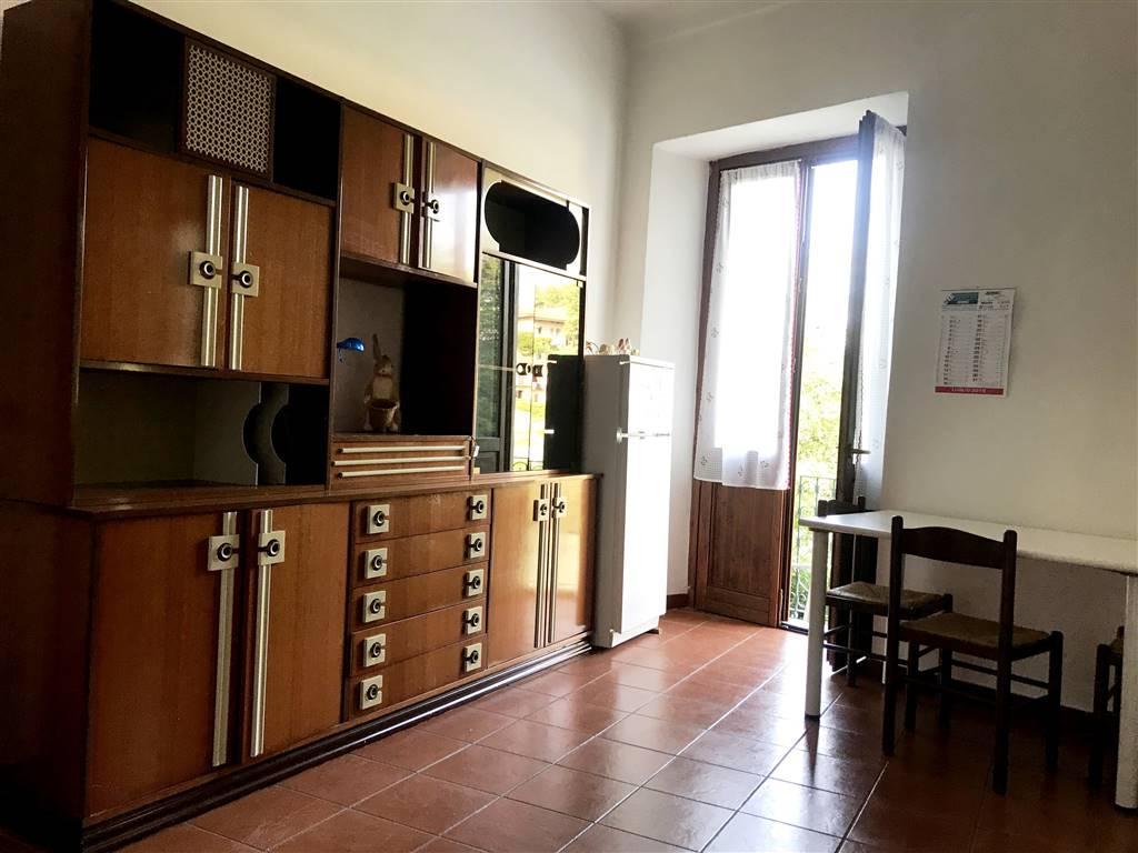Appartamento in affitto a Ivrea, 2 locali, zona Località: CENTRO STORICO, prezzo € 380 | PortaleAgenzieImmobiliari.it
