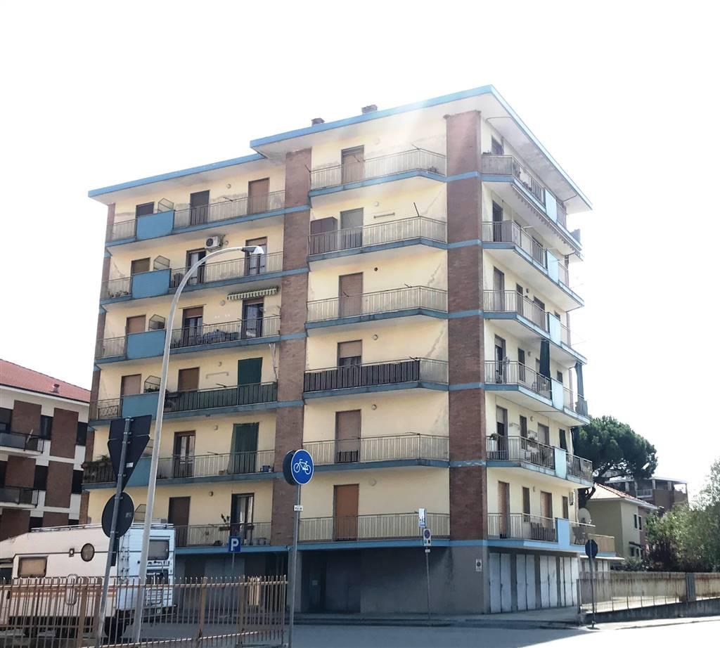 Trilocale in Via Alcide De Gasperi, Ivrea