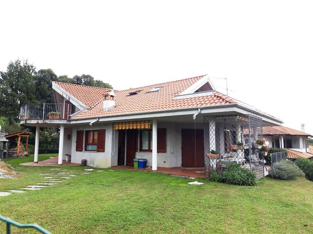 Villa A Tre Piani villa disposta su tre piani, con giardino privato