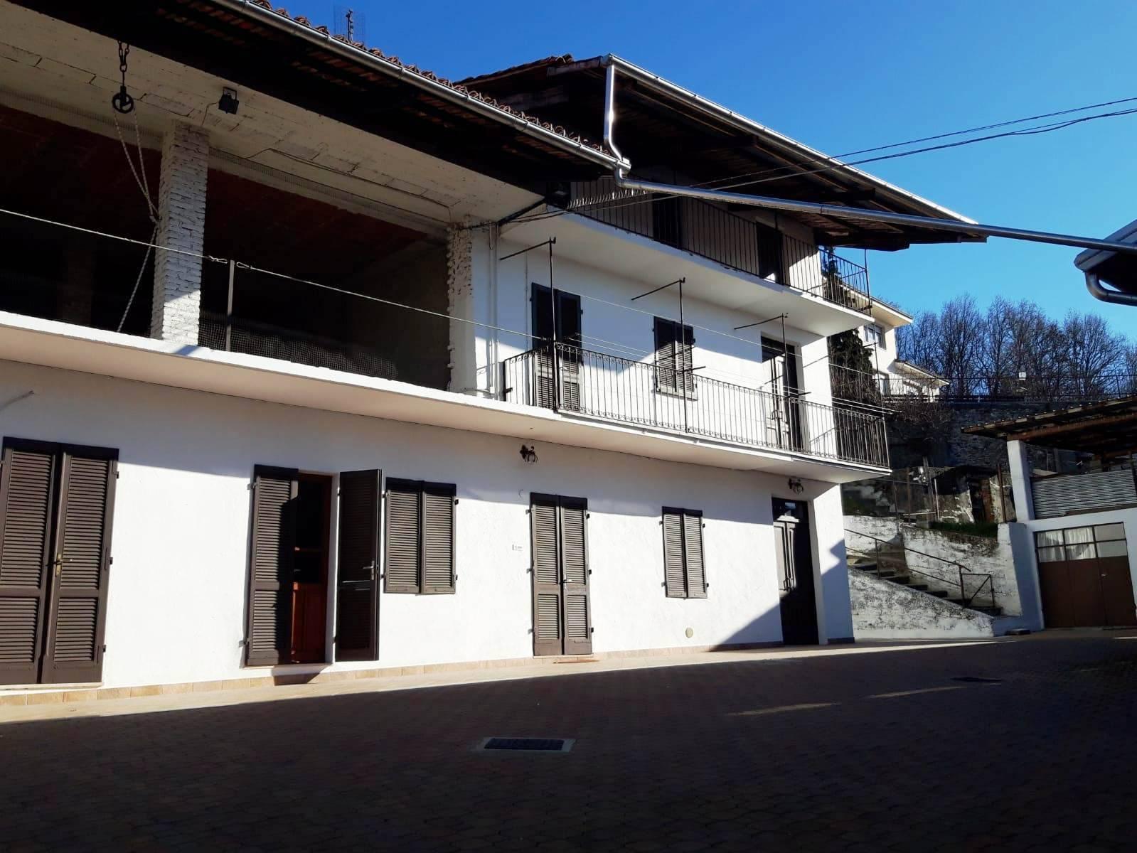Soluzione Semindipendente in affitto a Albiano d'Ivrea, 6 locali, prezzo € 450 | PortaleAgenzieImmobiliari.it