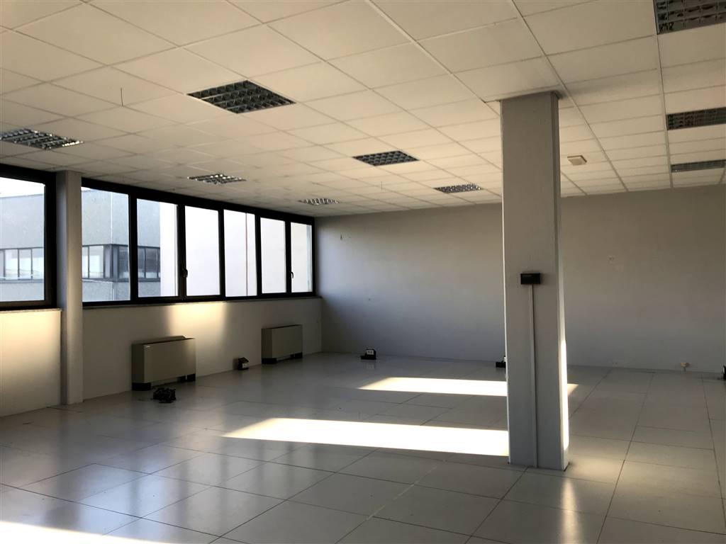 Ufficio / Studio in affitto a Ivrea, 1 locali, prezzo € 500 | PortaleAgenzieImmobiliari.it