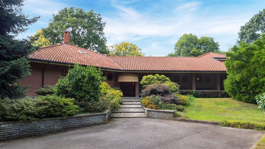 Villa in vendita a Castellamonte, 18 locali, prezzo € 495.000   PortaleAgenzieImmobiliari.it