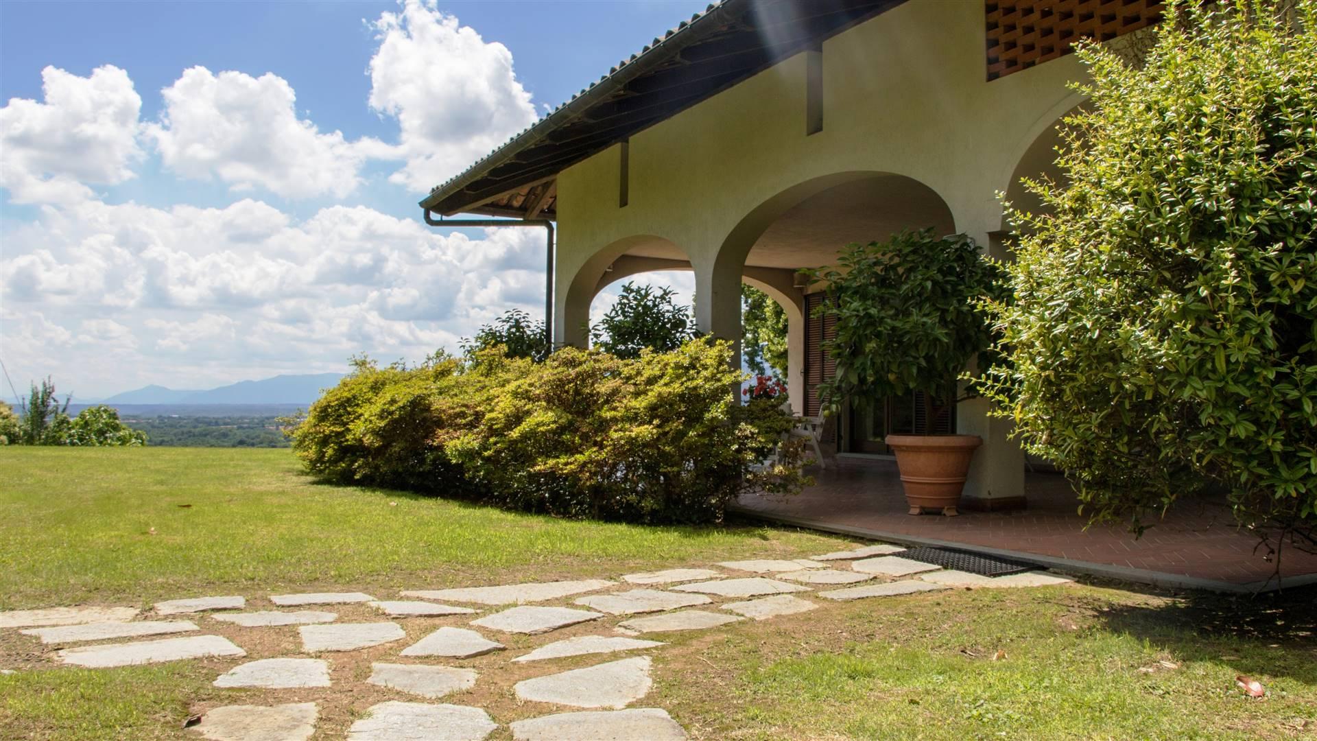 Villa in vendita a Castellamonte, 14 locali, prezzo € 469.000   PortaleAgenzieImmobiliari.it