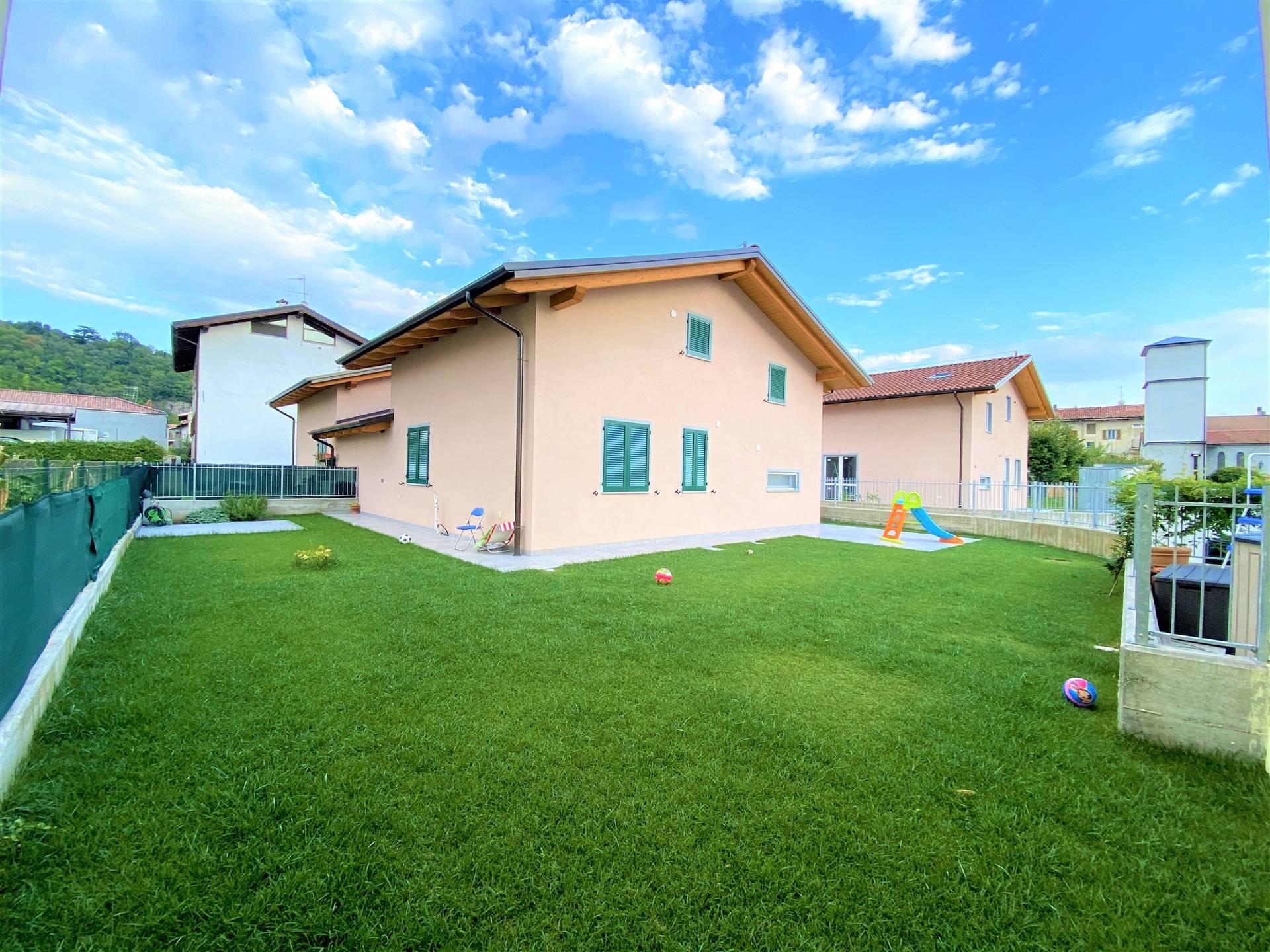 Villa Bifamiliare in vendita a Montalto Dora, 5 locali, prezzo € 220.000 | PortaleAgenzieImmobiliari.it