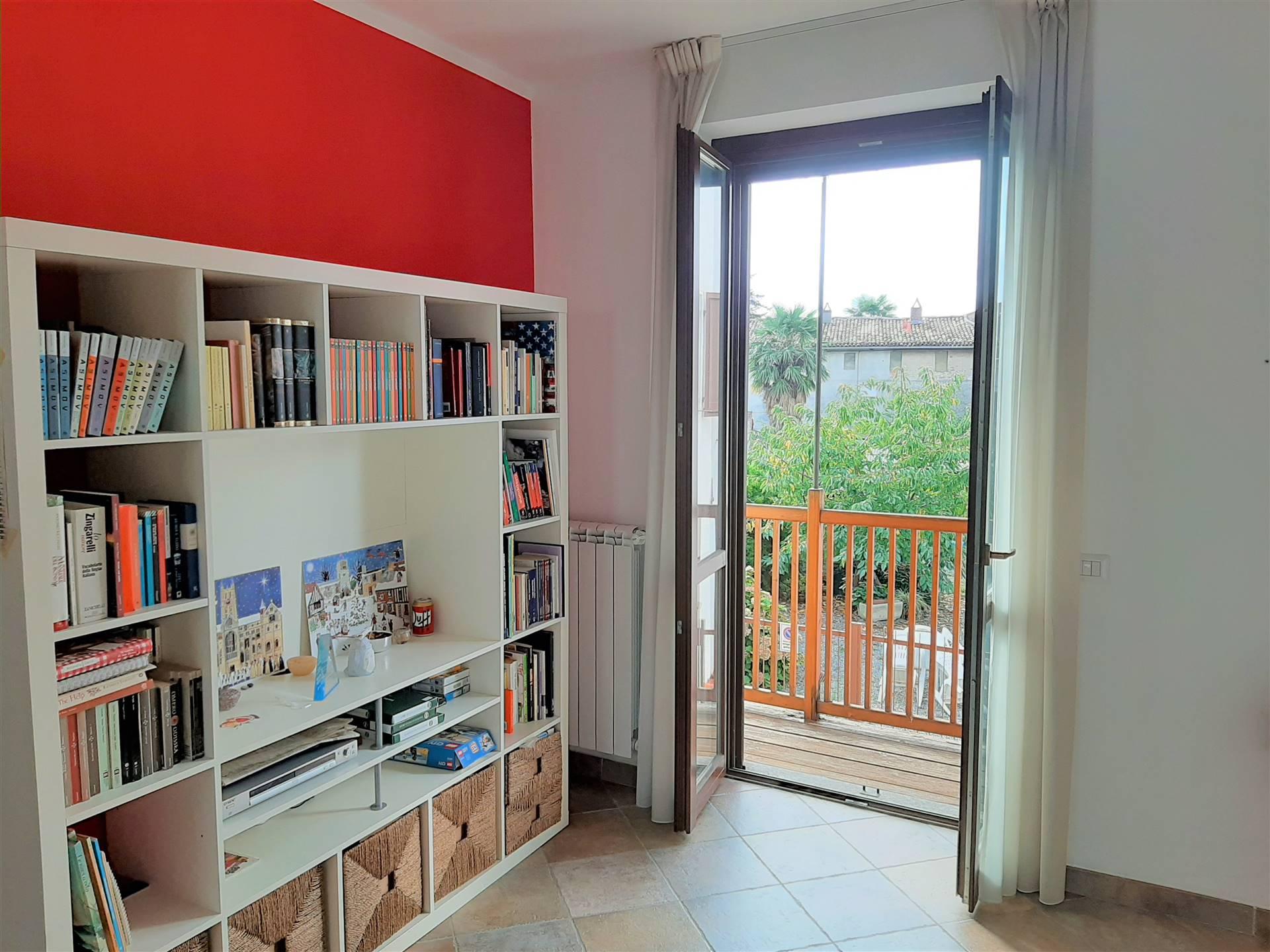 Appartamento in vendita a Bollengo, 3 locali, prezzo € 75.000 | CambioCasa.it