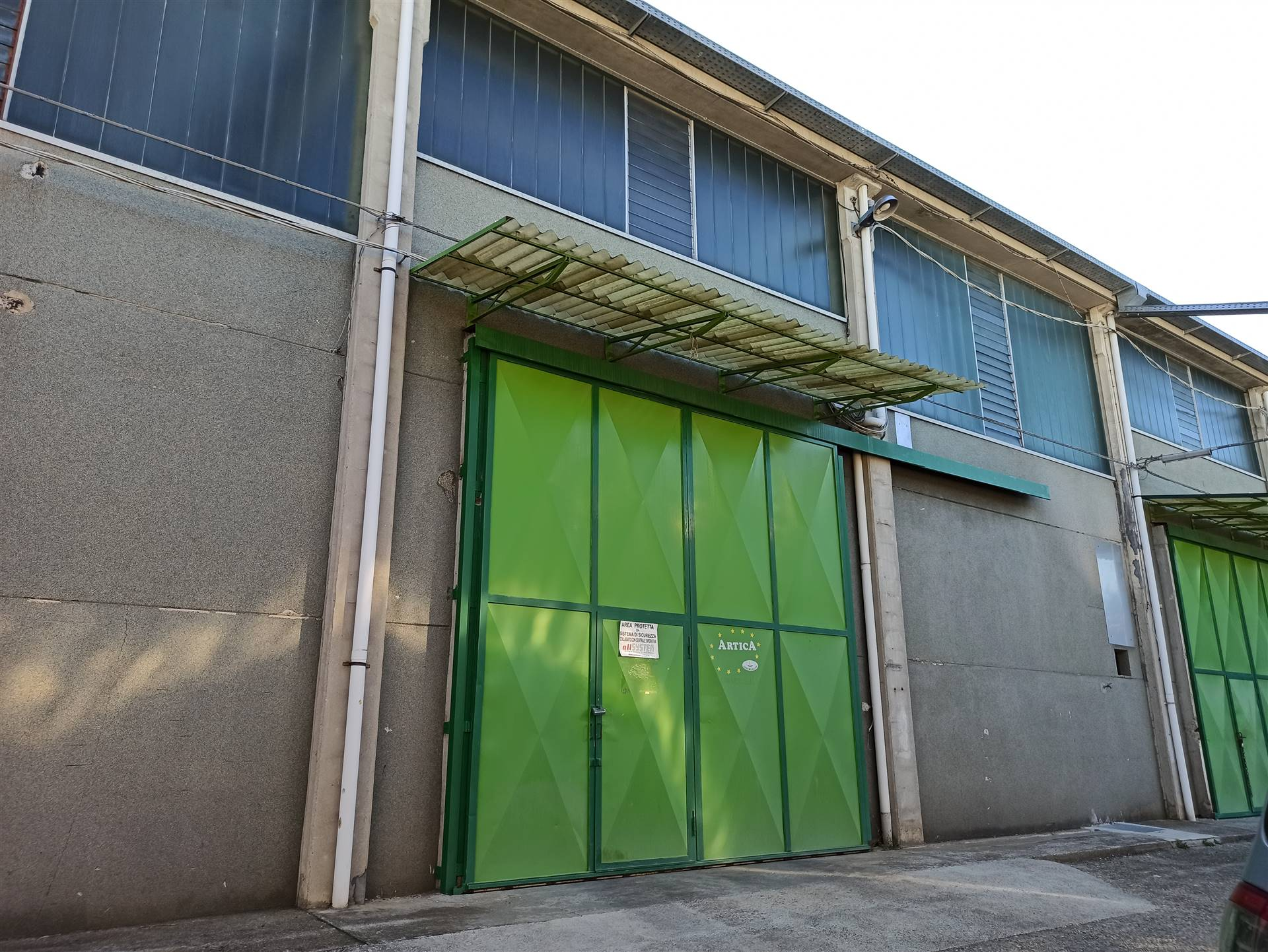 Capannone in affitto a Ivrea, 9999 locali, prezzo € 600 | PortaleAgenzieImmobiliari.it