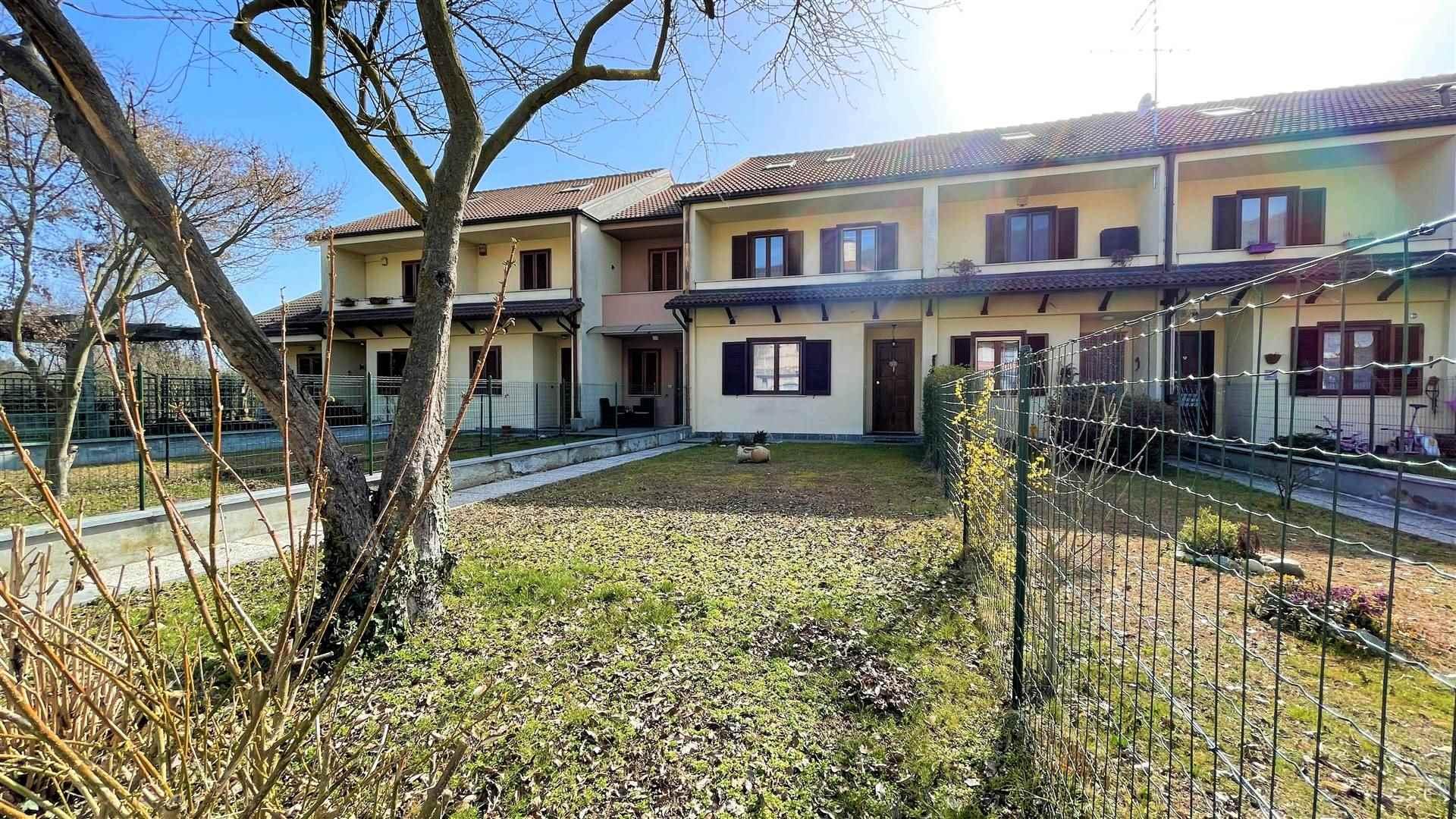 Villa a Schiera in vendita a Colleretto Giacosa, 6 locali, prezzo € 185.000 | PortaleAgenzieImmobiliari.it
