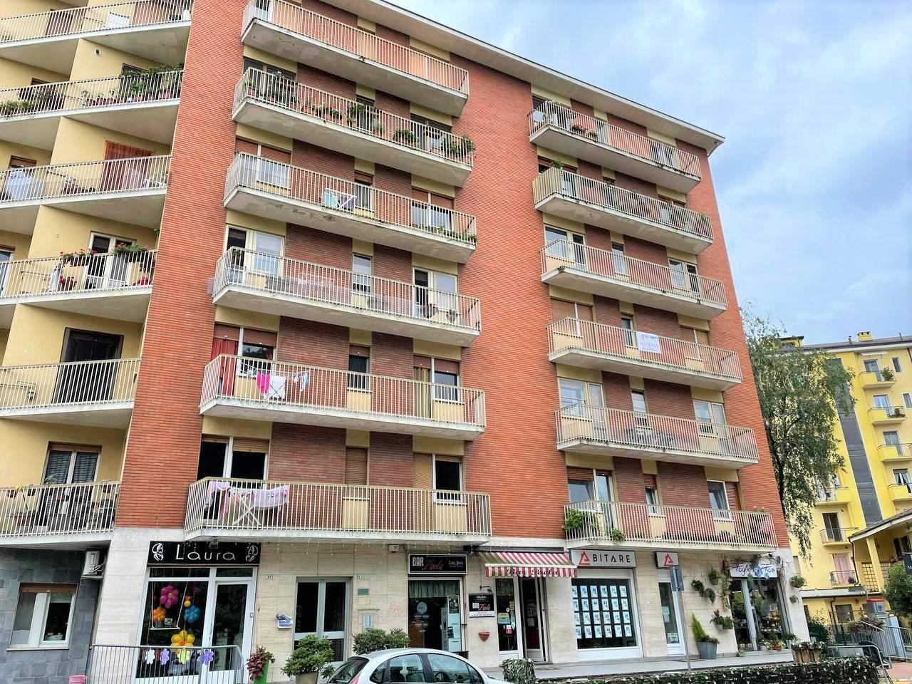 Appartamento in vendita a Banchette, 3 locali, prezzo € 69.000 | CambioCasa.it