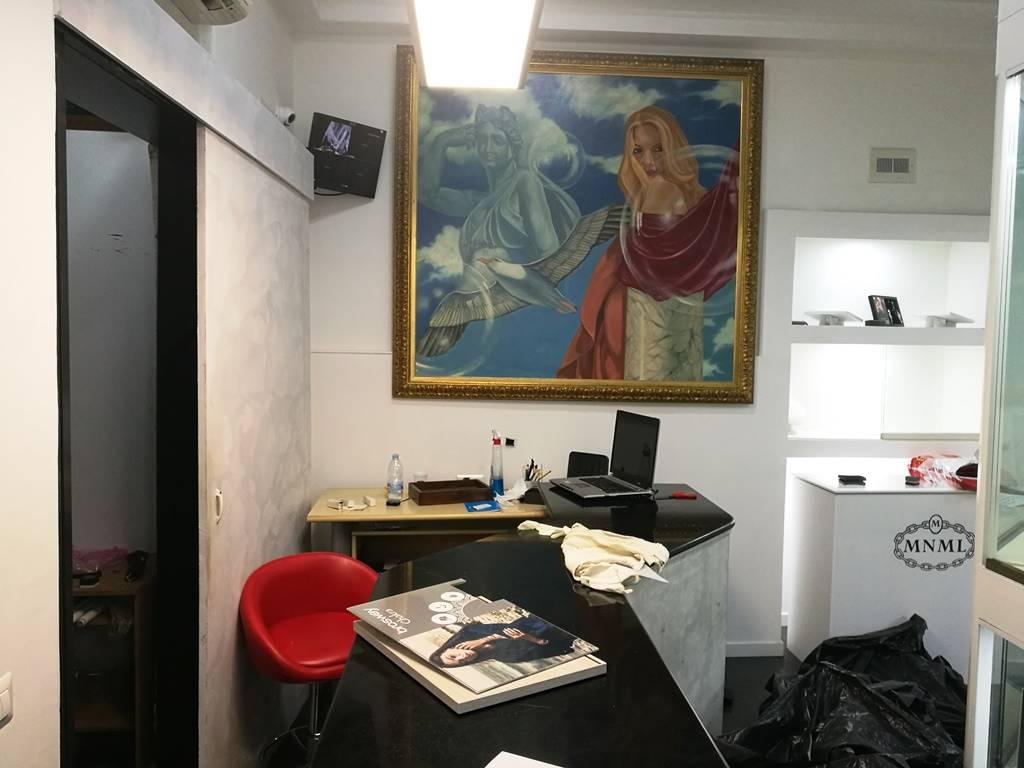 Negozio / Locale in affitto a Caserta, 2 locali, zona Zona: Centro, prezzo € 530 | CambioCasa.it
