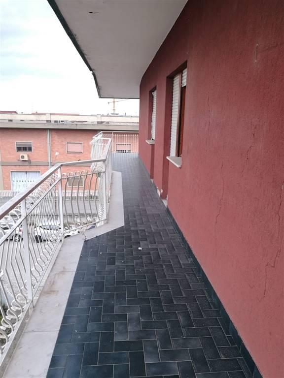Appartamento in affitto a Casagiove, 5 locali, prezzo € 420 | CambioCasa.it