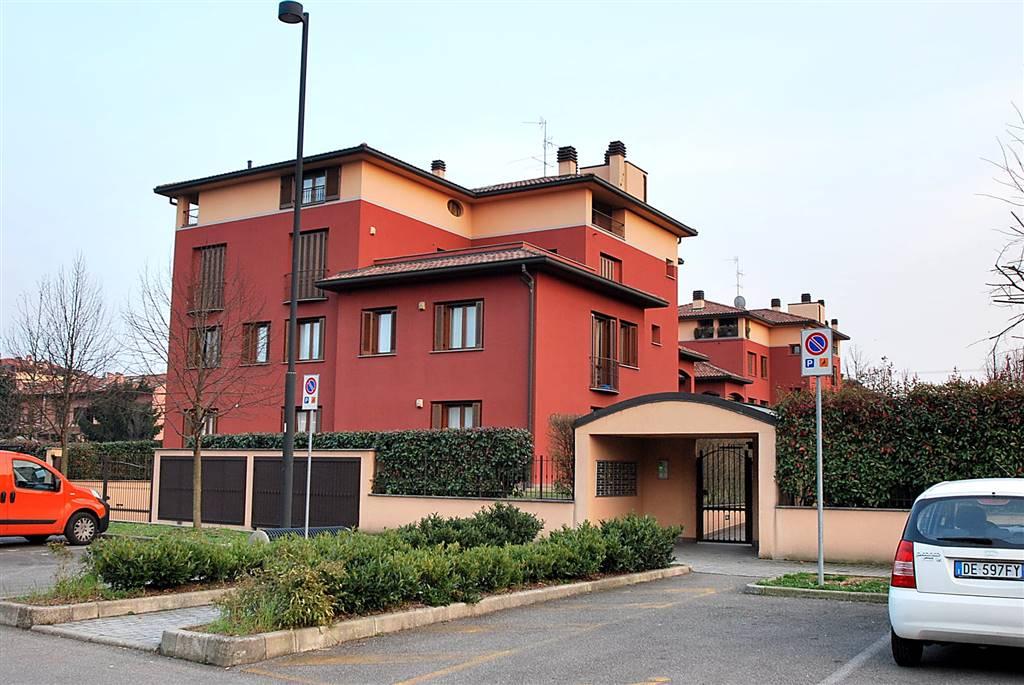 Trilocale in Via Madonnina 102, Varedo