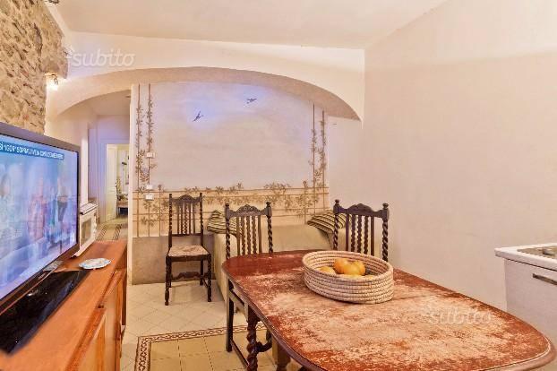 Appartamento in vendita a Arezzo, 6 locali, zona ro storico, prezzo € 230.000 | PortaleAgenzieImmobiliari.it