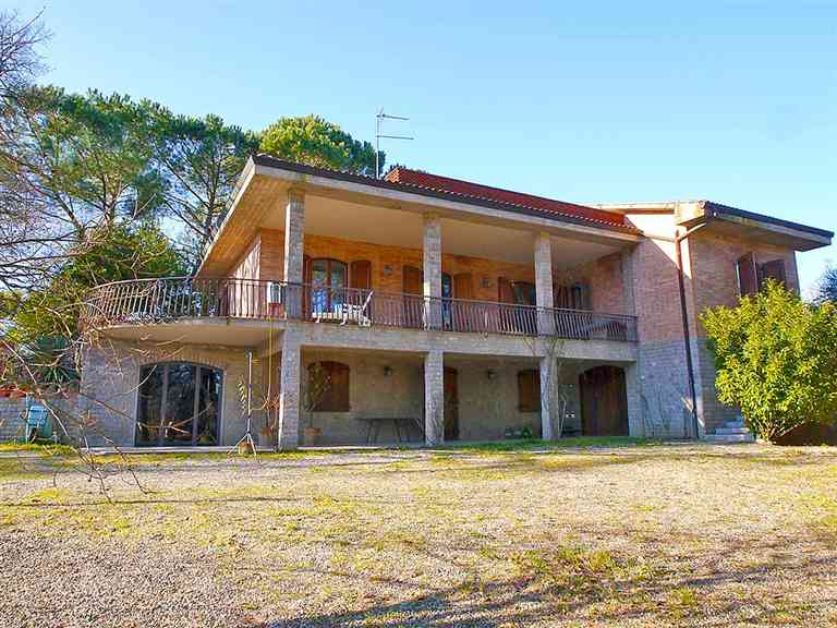 Vendita Villa Periferia SIENA (SI)