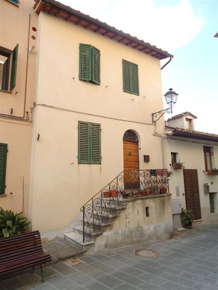 Appartamento in vendita a Castelnuovo Berardenga, 3 locali, prezzo € 55.000 | CambioCasa.it