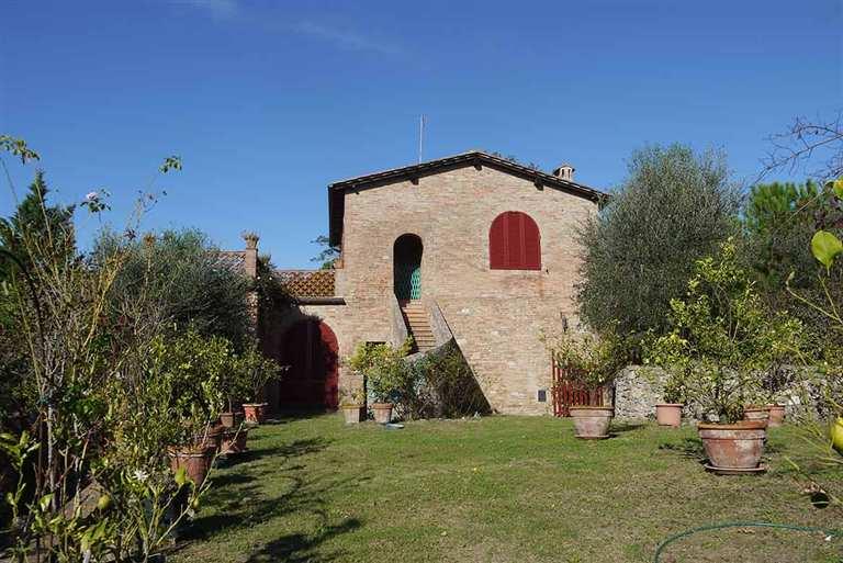 Rustico casale, Periferia, Siena, abitabile