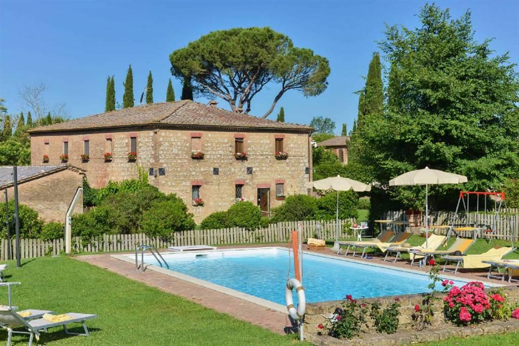 Azienda Agricola in vendita a Monteroni d'Arbia, 20 locali, prezzo € 1.995.000 | CambioCasa.it
