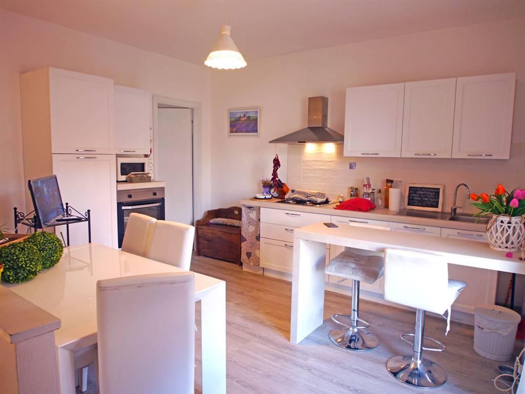 Appartamento in vendita a Castelnuovo Berardenga, 4 locali, zona Località: MONTEAPERTI, prezzo € 185.000 | CambioCasa.it