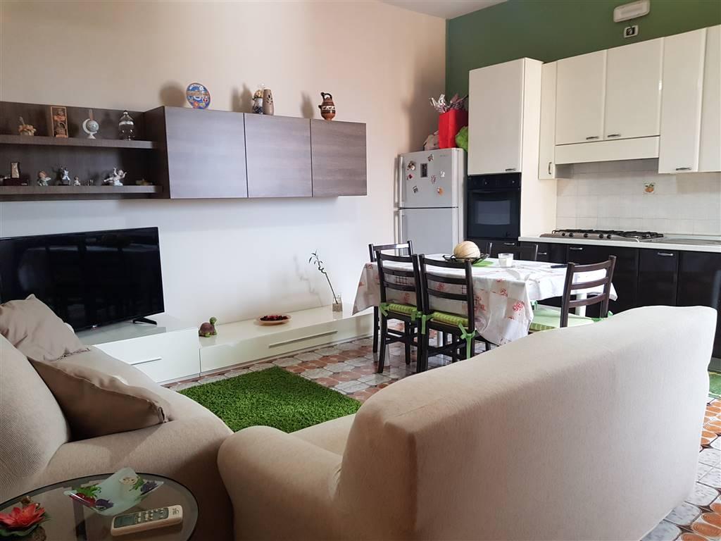Appartamento in vendita a Bellizzi, 3 locali, prezzo € 98.000 | CambioCasa.it