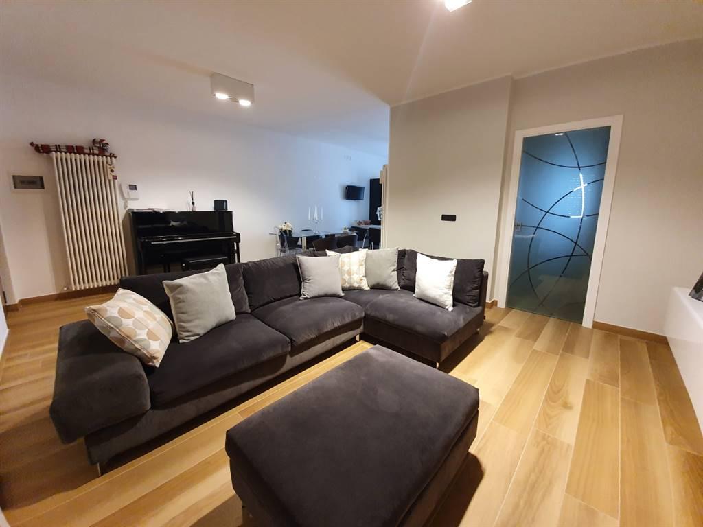 Appartamento in vendita a Bellizzi, 3 locali, prezzo € 200.000   CambioCasa.it