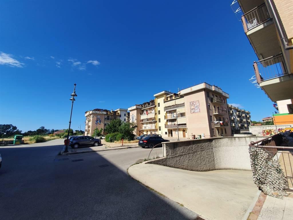 Appartamento in vendita a Bellizzi, 3 locali, zona Località: PRATOLE, Trattative riservate | CambioCasa.it
