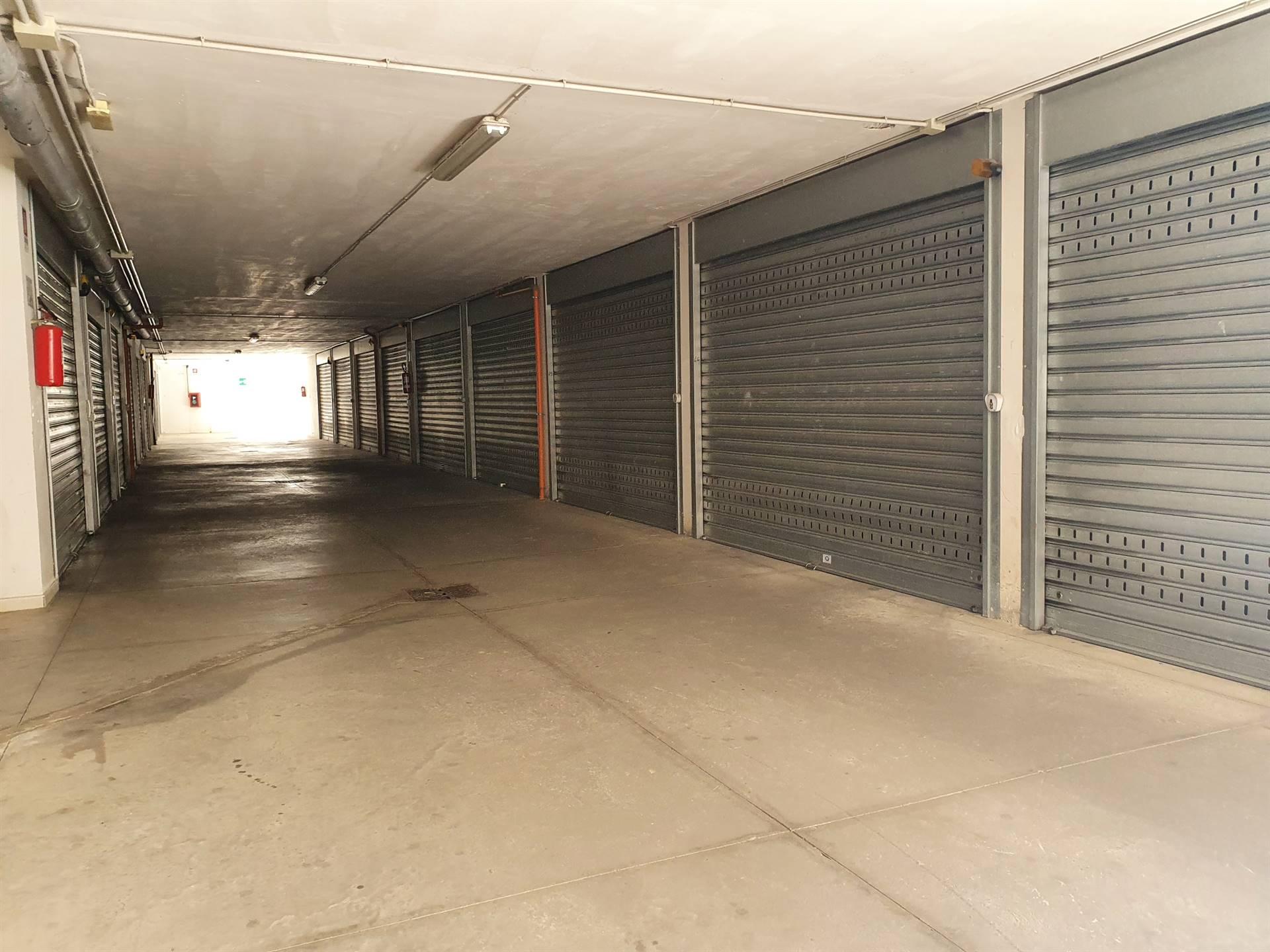 Box / Garage in vendita a Bellizzi, 1 locali, prezzo € 30.000 | CambioCasa.it