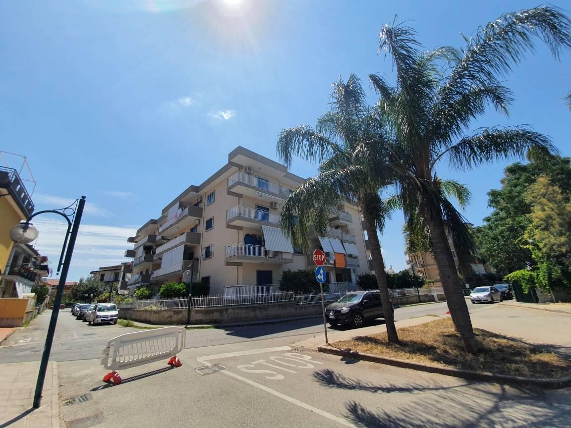 Appartamento in vendita a Bellizzi, 4 locali, prezzo € 165.000 | CambioCasa.it